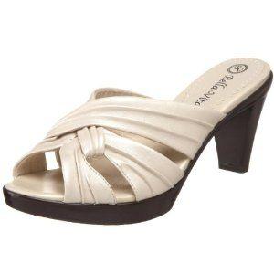 Bella Vita Women's Wonder II Platform Sandal,Pearl,8.5 XW US (Apparel)  http://www.43coupons.com/amapin.php?p=B002TYZ58M