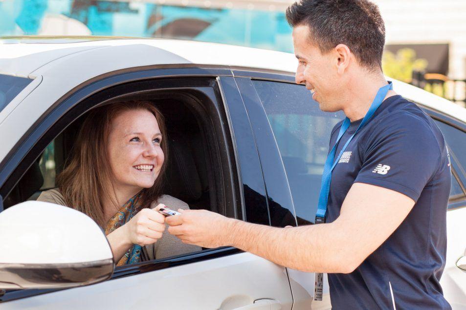 how to get keys out of locked car reddit