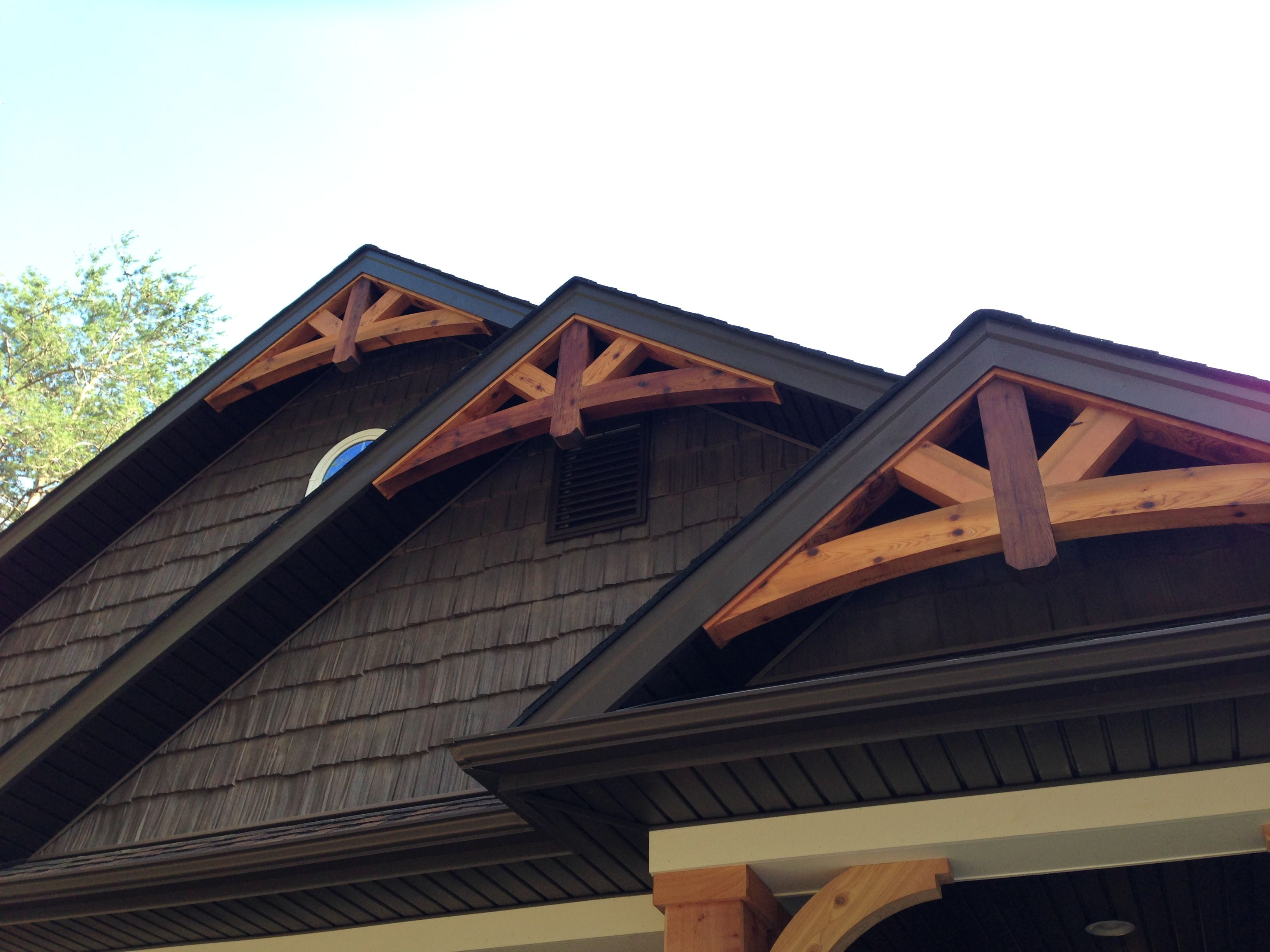 Cedar gable bracket details are truly craftsman style at for Craftsman style brackets
