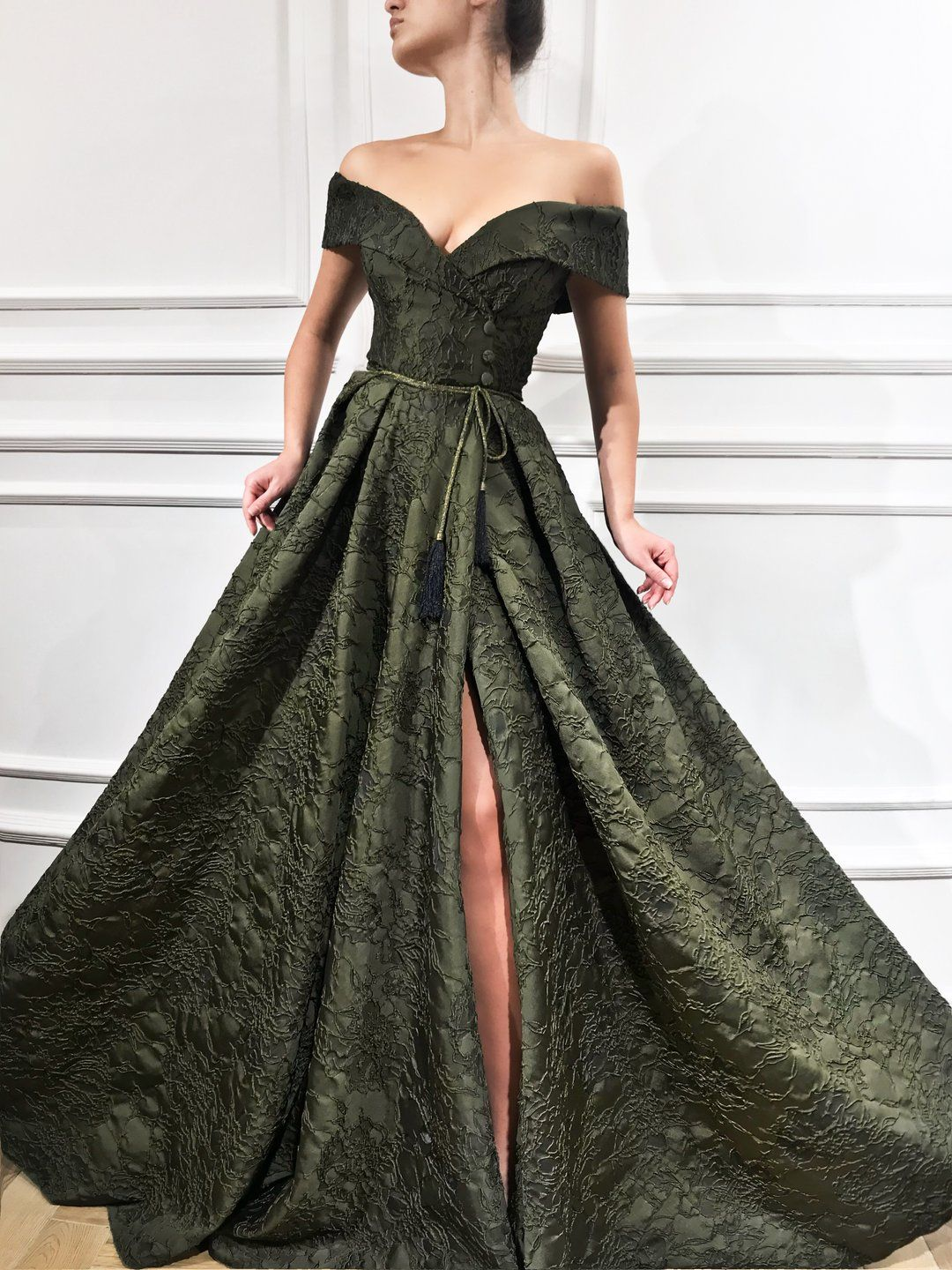 long gown for prom night with sleeves
