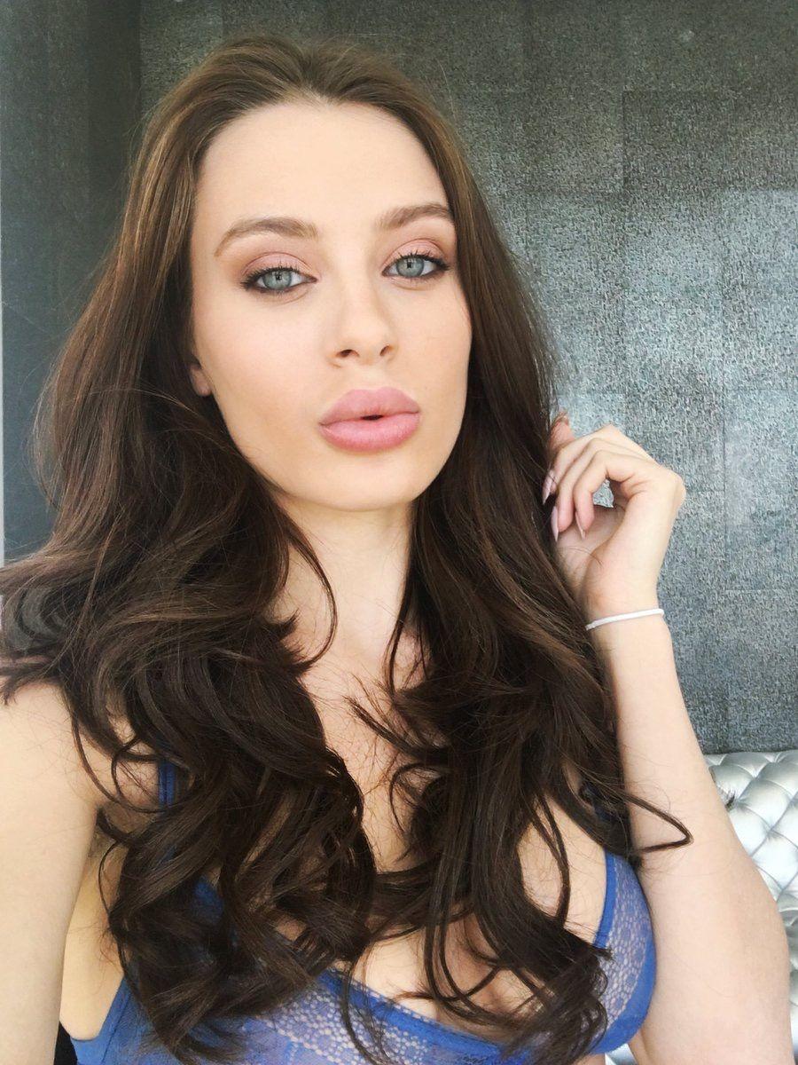 Lana rhoades tongue mouth