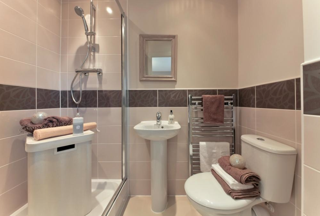 Dulux Mello Mocha Luxury Designed Ensuite Bathroom By Taylor Wimpey