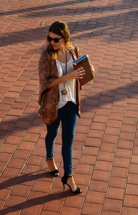 Cute fall outfit for a walk in the park,  just not with those heels