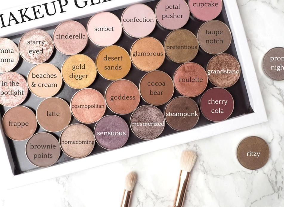 Makeup Geek eyeshadow pans custom palette review on
