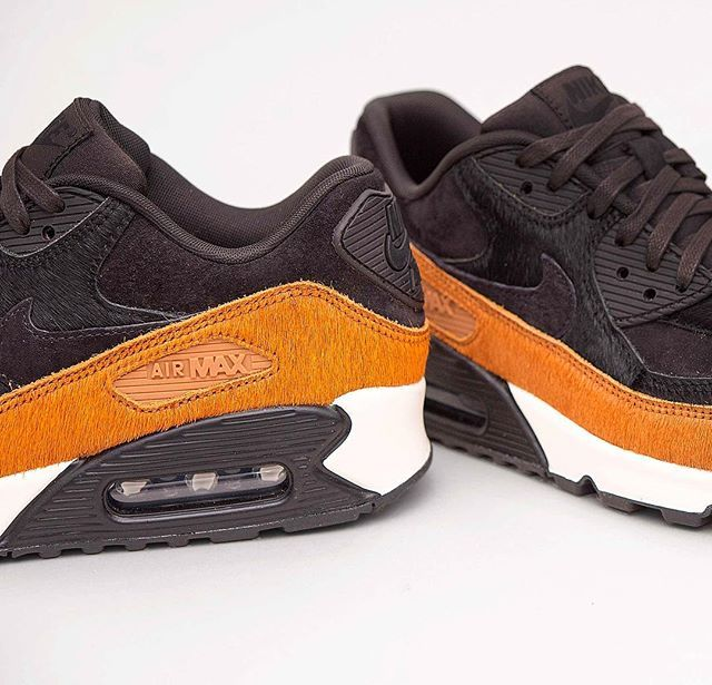 the latest 8e675 87267 Nike Air Max 90 Wmns LX 😍 airmax90,footish,Nike,Sneakers,uppsala