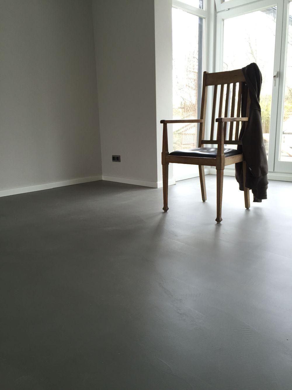 Mikrozement-Boden. #boden #floor #betoncire #beton | Fugenlos ...