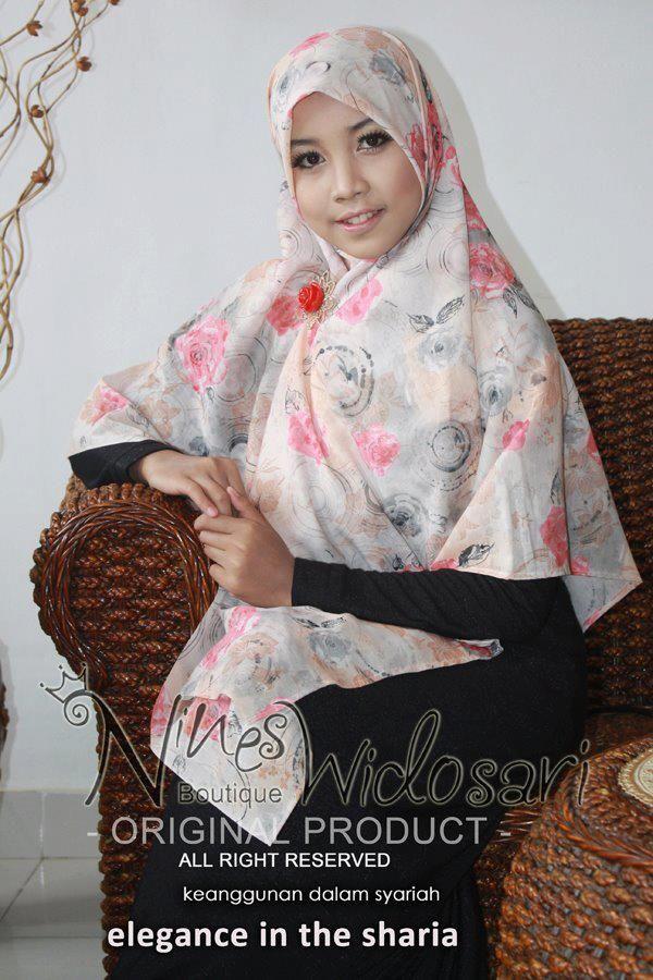 Safeera 2f 86 Material Katun Motif Idr 80 000 Jilbab Syar I Busana Muslim Hijab Segi Empat Hijab Muslim
