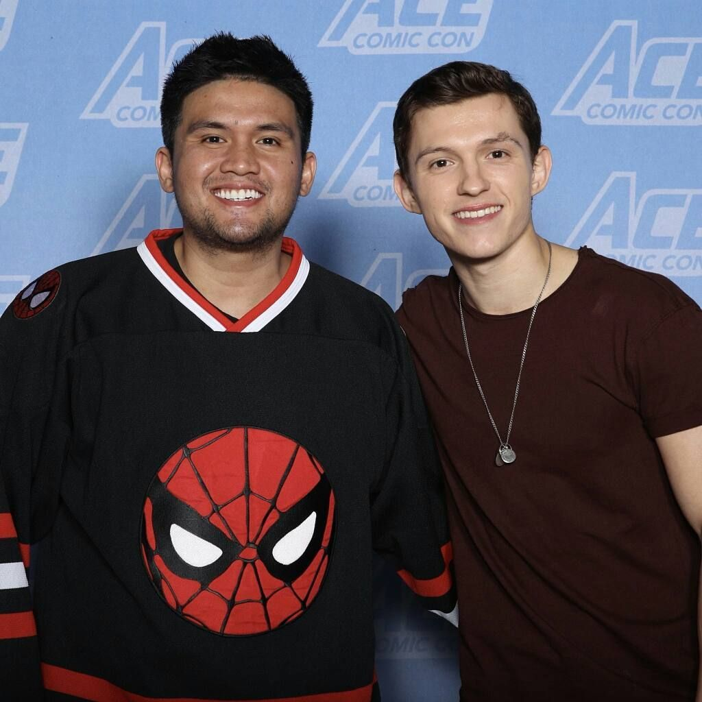 Pin by aqsa on dulcet tom pinterest tom holland comic con and toms tom holland source on instagram meet greets tom with fans at arizonas comic con 0113 owners tagged tomholland2013 tomholland m4hsunfo