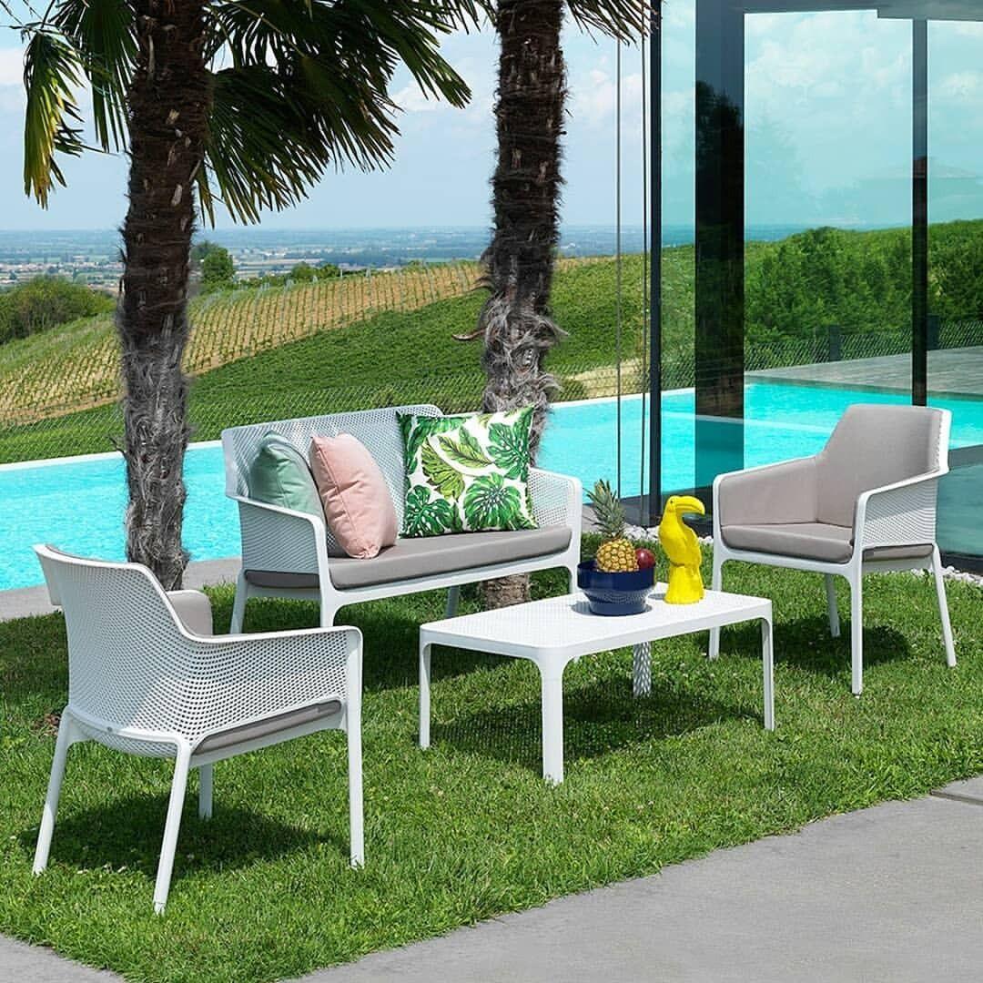 Juego De Sala Para Tu Jardin O Terraza In 2020 Outdoor Seating Outdoor Chairs Outdoor Decor