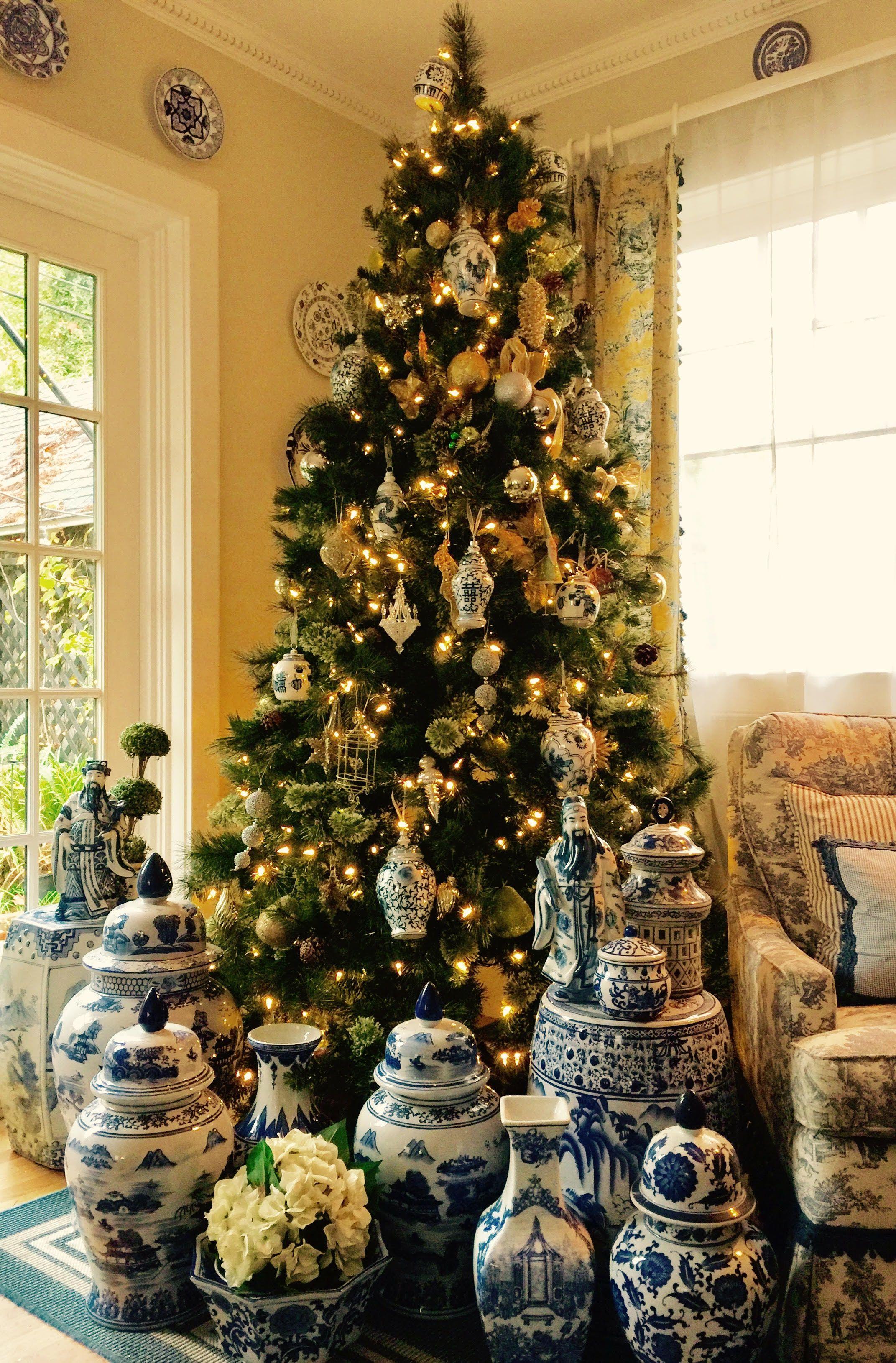 Blue White Chinoiserie Christmas Tree White Christmas