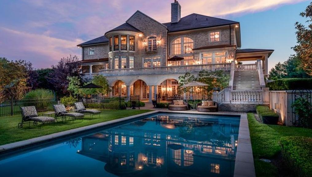 4 75 Million Brick Mansion In Lexington Ky Mansions House Dream House