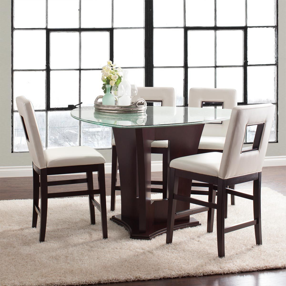 The Soho 5 Piece Glass Dining Set Offers Contemporary Style With A Beautiful Crackled Glass Table Glass Dining Room Sets Glass Dining Table Modern Dining Room