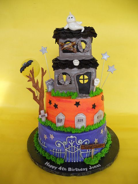 Pleasant Haunted House Birthday Cake With Images Halloween Cakes Personalised Birthday Cards Epsylily Jamesorg