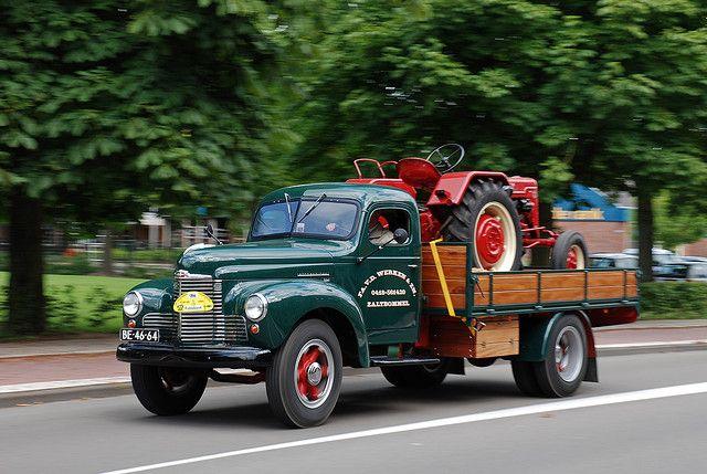 1949 international kb5 vintage american trucks pinterest camionnette vieux camions et - Moissonneuse cars ...