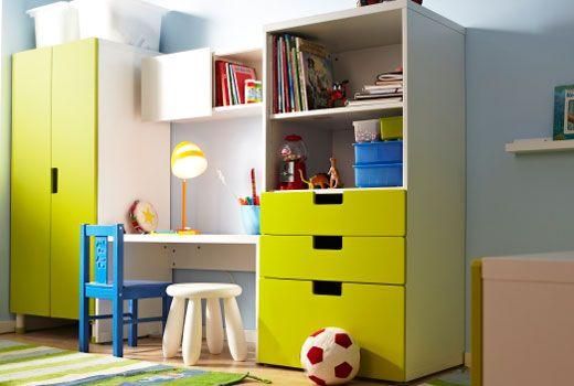 ikea aufbewahrungssysteme f r kinderzimmer wie z b stuva aufbewahrung mit t ren wei gr n. Black Bedroom Furniture Sets. Home Design Ideas