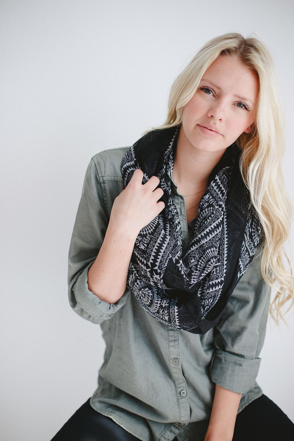 Bordeaux - Jacob's Scarves ||  Well sell scarves to hel educate children. And change the world.
