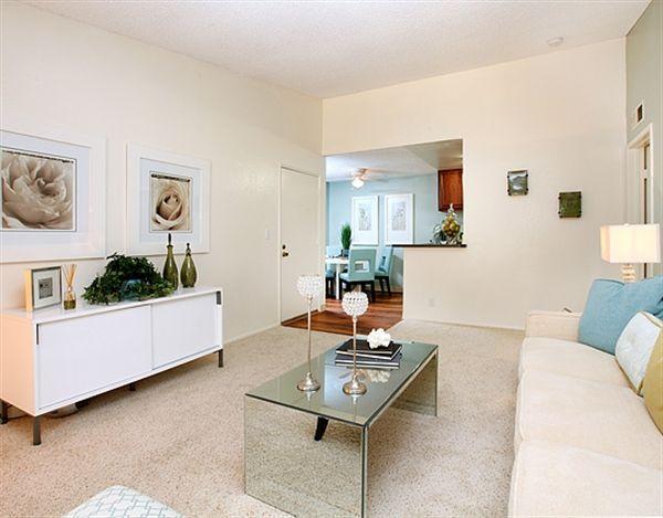 877 695 0514 1 2 Bedroom 1 1 Bath Avana La Jolla Apartments 7039 Charmant Dr San Diego Ca 92122 Apartment Apartments For Rent Home