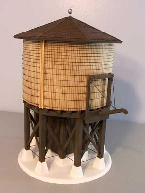 water tower  Site for O scale craftsman kits  | Water tower