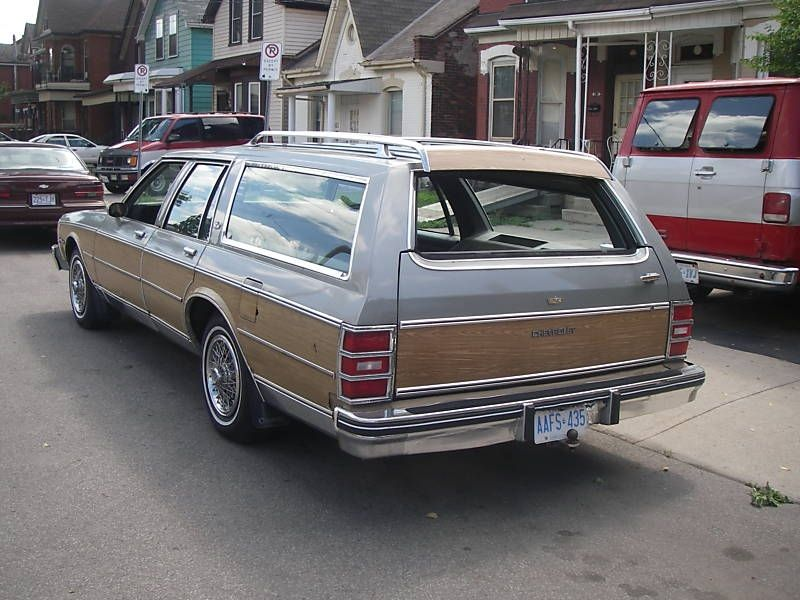 1984 Chevy Caprice Estate Wagon This Was The Last Family Wagon