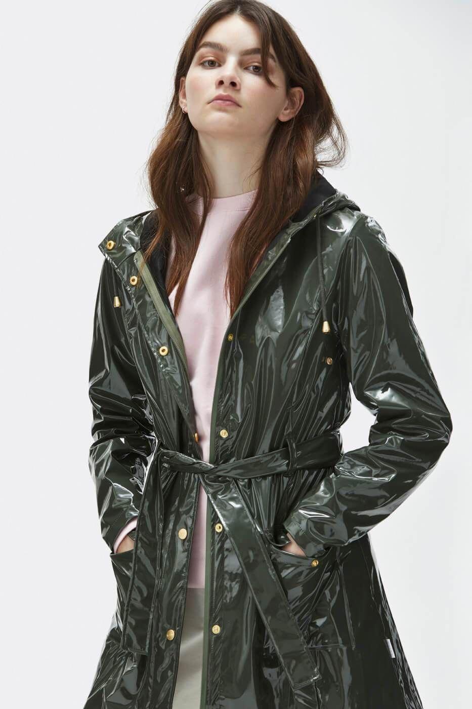 Glossy Curve Jacket   Buy Rains Glossy Curve Jacket here  FemaleRaincoat 1e0c3697cfab