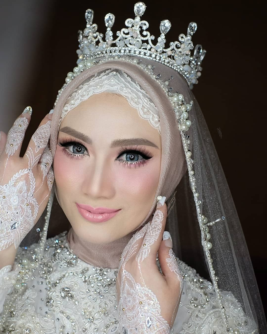Muslim Muslimah Bridal Dress Design Trends 2020 Mahkota