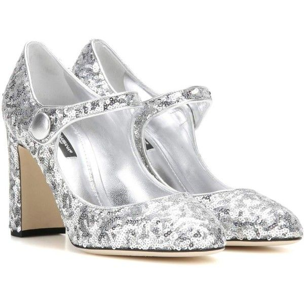 Dolce & Gabbana Sequinned Pumps ($870) ❤ liked on Polyvore featuring shoes, pumps, silver, silver shoes, sequin shoes, sequin pumps, silver sequin pumps and dolce gabbana pumps