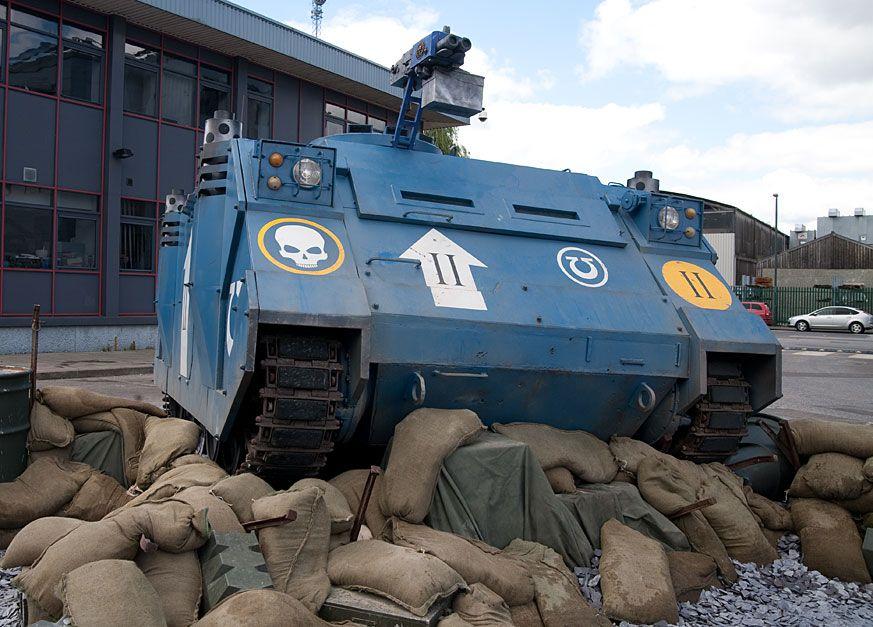 Life Size Rhino tank 40K