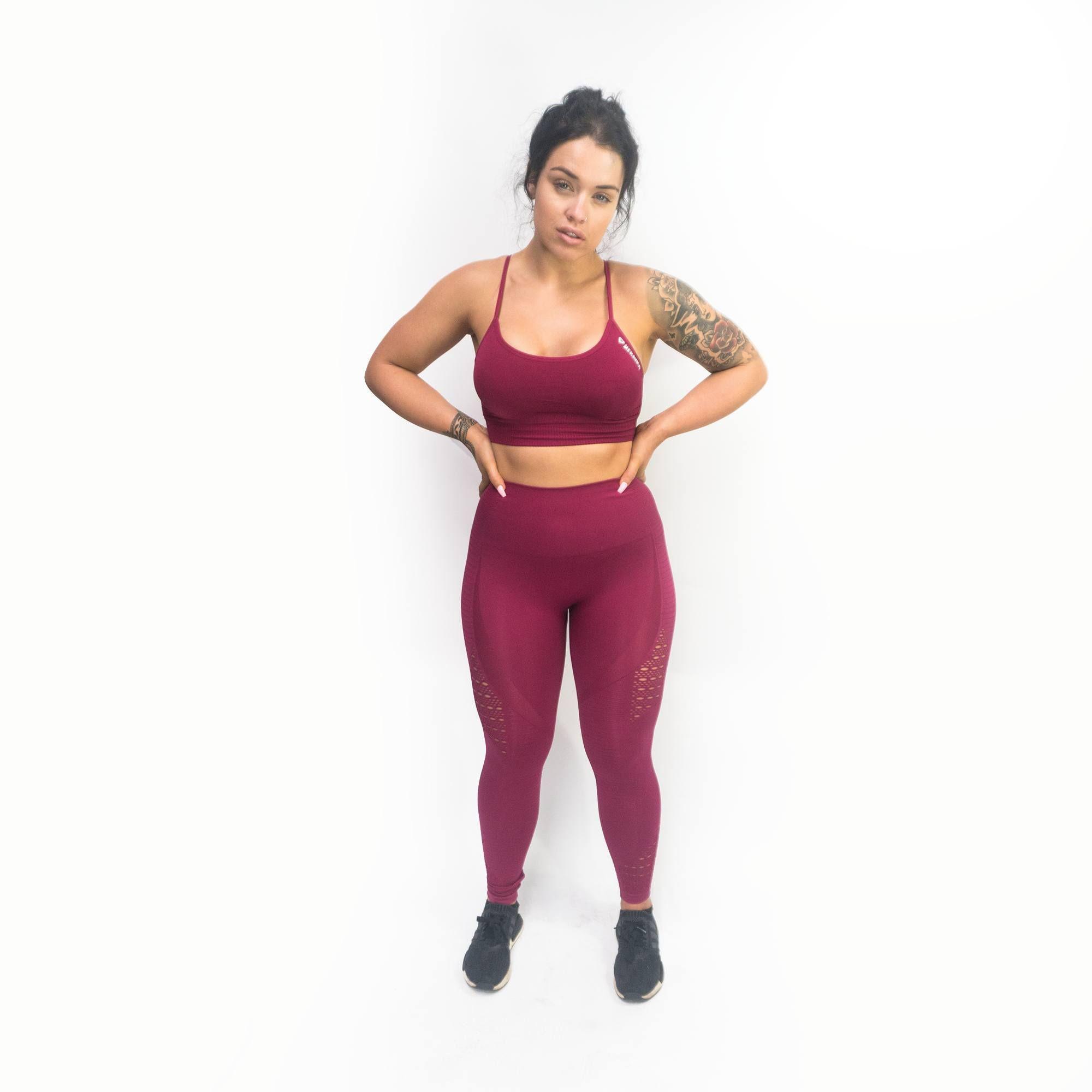 440006d5f0335 Adapt Seamless Sports Bra - Red in 2019 | Fitness | Bra, Red, Pants
