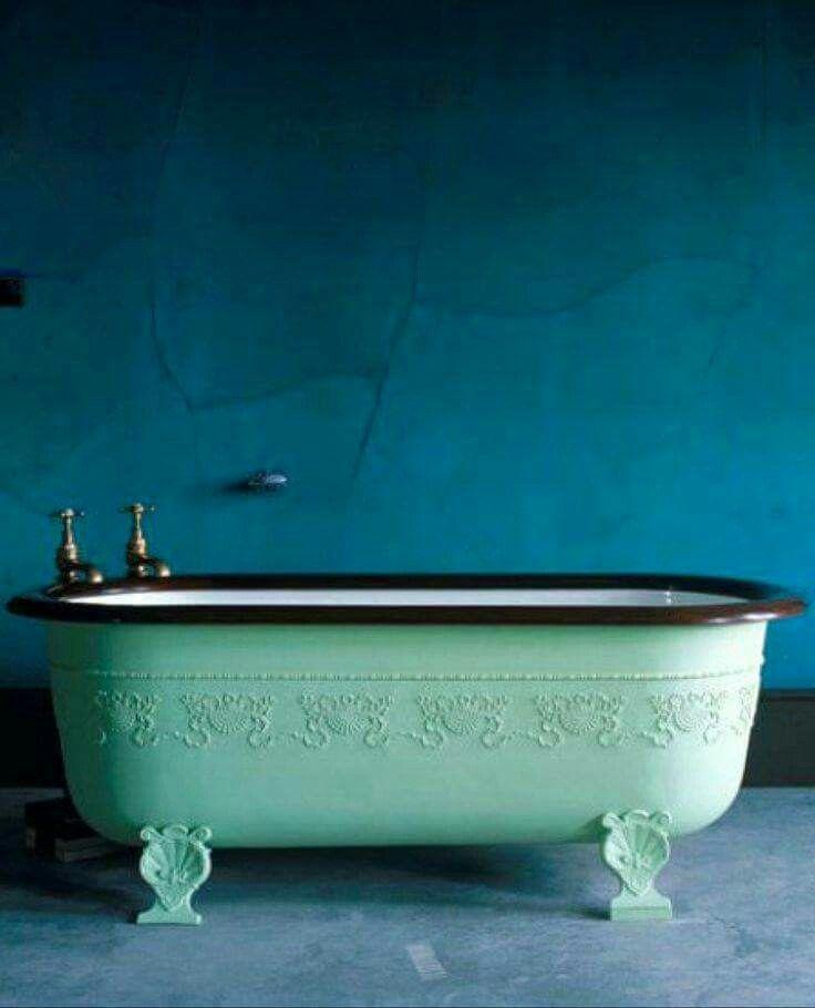 Relax, het is maar een mintgroene badkuip | Bathroom. | Pinterest ...