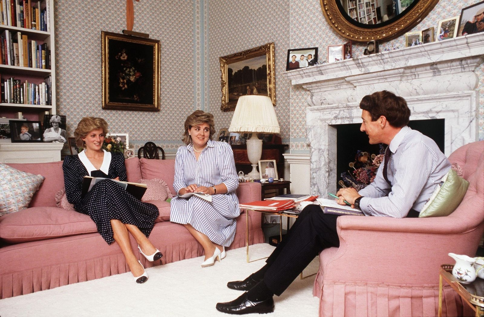 Inside Kensington Palace Apartments Diana Home Apartment Princess Photo Royal Residents Of The U K Pinterest