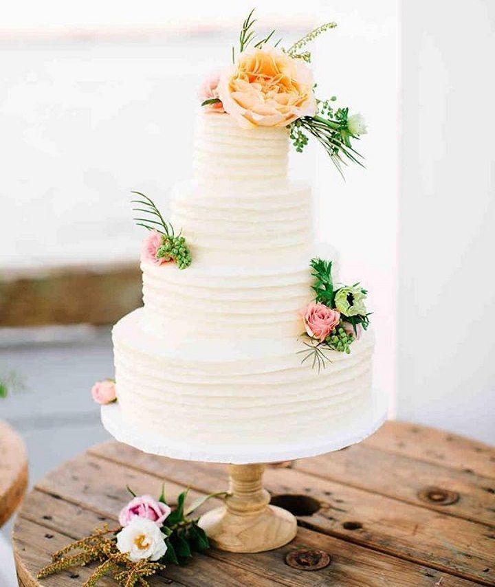 Four tier wedding cake #weddingcake #cake #cakes