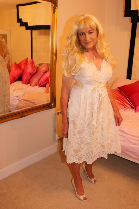 Gallery  Crossdressing Makeover  Crossdressers, Dresses -7272