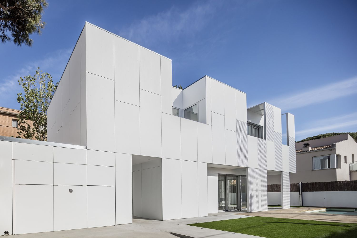 Gallery of single family house castelldefels ral also rh pinterest