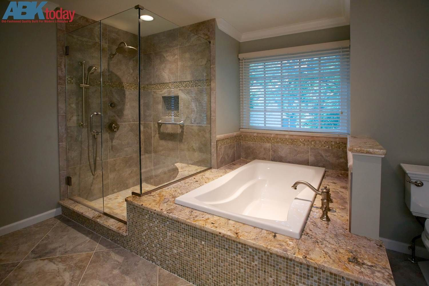 l-shaped shower and toilet - Google Search | Home decor | Pinterest ...