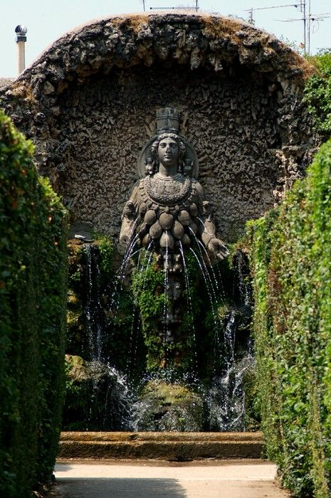 Diana Of Ephesus A Fertility Fountain In The Tivoli Gardens At Villa D Este East Of Rome Photo By Tom Clark Tivoli Gardens Fountain Water Garden