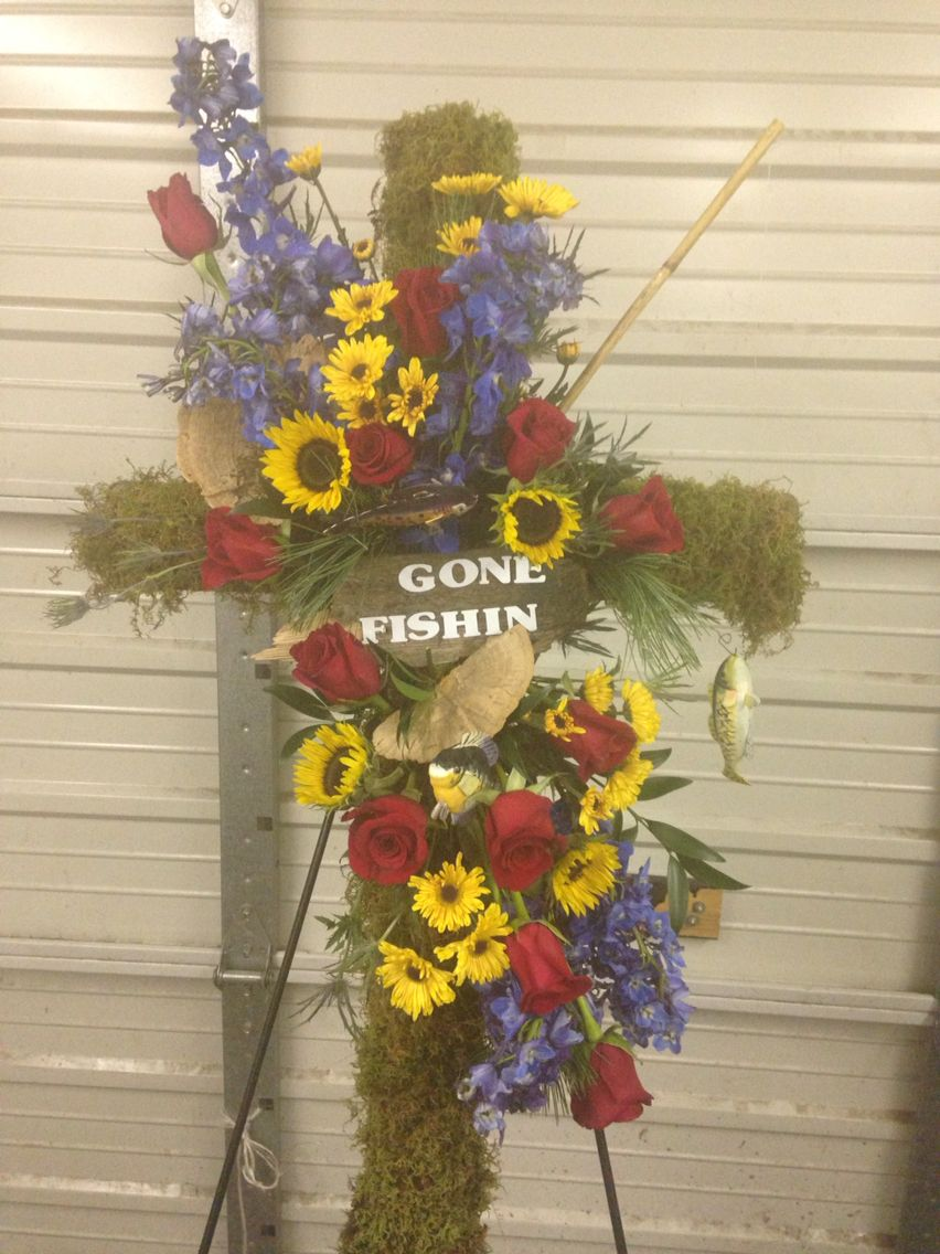 Gone Fishing Wreath Debs Flowers Baskets And Stuff