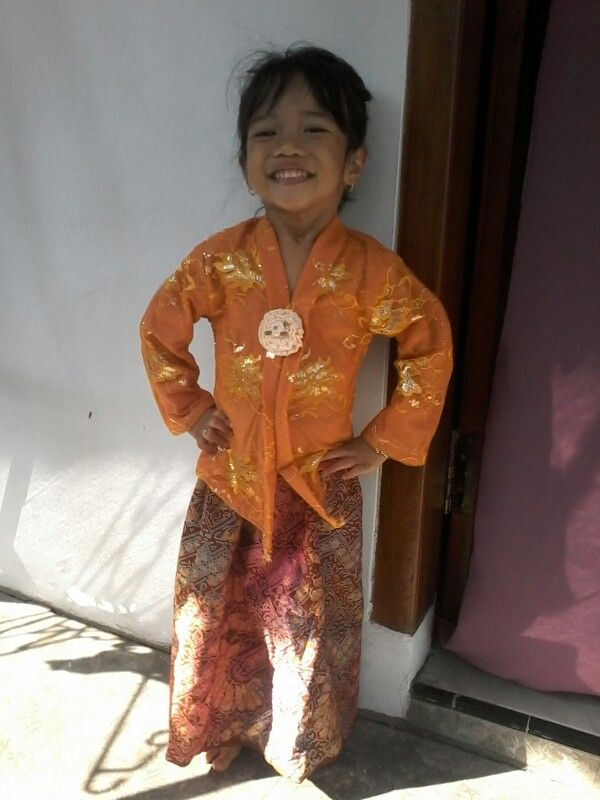 Photo of This my first kartini kebaya for her graduated day