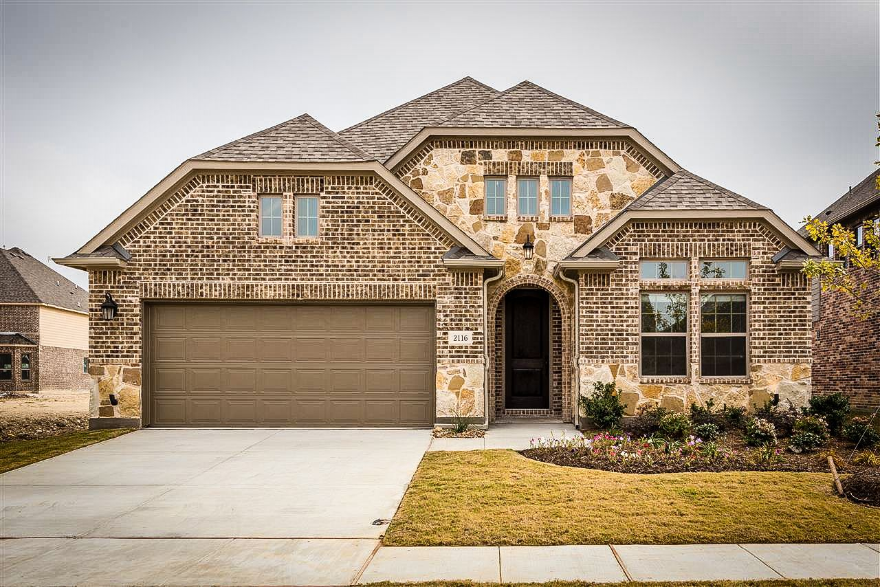 Welcome To Your Dreamhome Priced From The Mid 300s Call 214 387 0525 Today Newhomes Mckinney Texas Forsale New Homes Auburn Hills House Styles