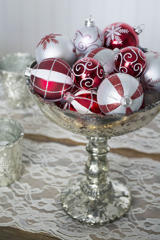 5 Easy Diy Christmas Table Decor Centerpiece Ideas Christmas Table Centerpieces Christmas Party Centerpieces Diy Christmas Table