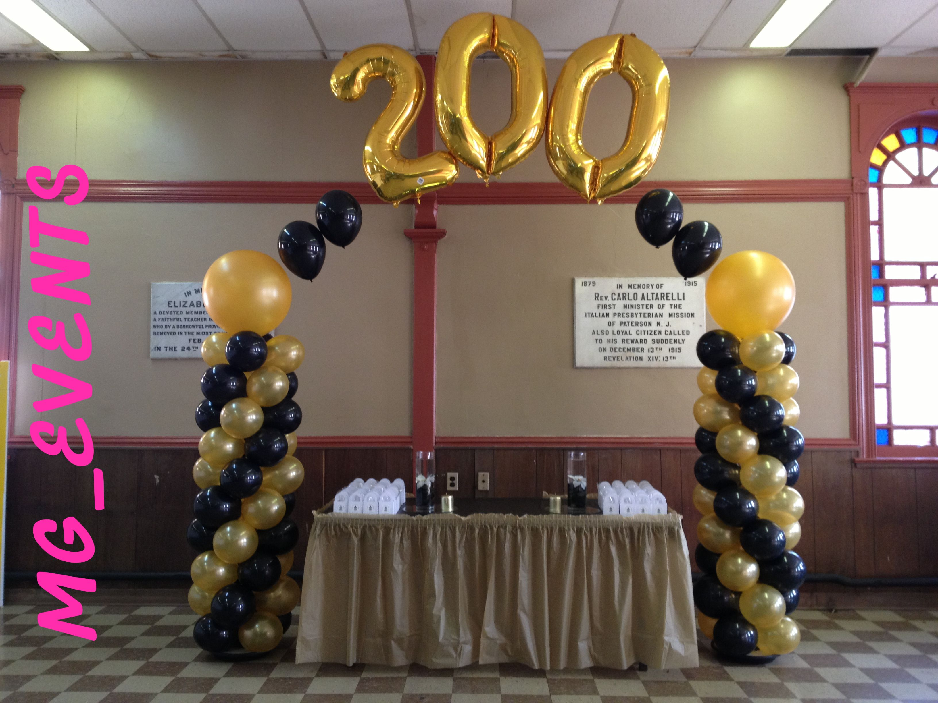 Gold Black Theme 200 Anniversary Balloon Arch Floating Flower