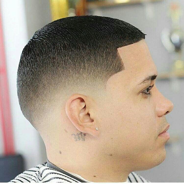Corte de pelo en la barberia