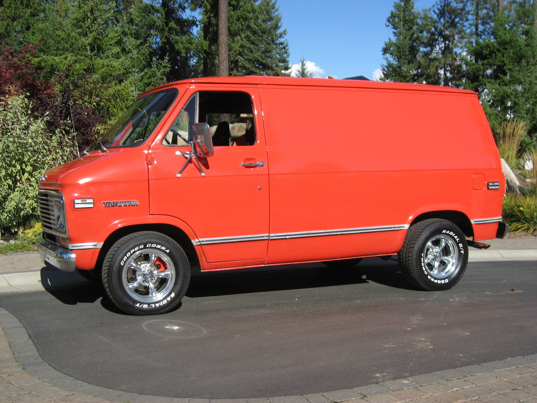 1972 Gmc Shorty Van Build By Hotrodsonny Custom Vans Gmc Vans