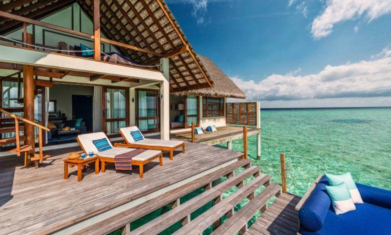 أفضل فنادق فاخرة في جزر المالديف Overwater Bungalows Maldives Luxury Resorts Maldives Water Villa