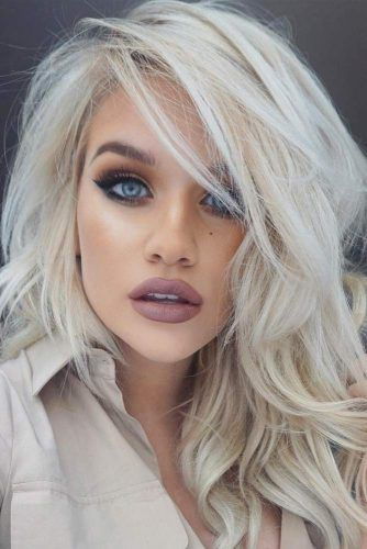 100 Platinum Blonde Hair Shades And Highlights For 2020 Lovehairstyles Platinum Blonde Hair Hair Styles Blonde Hair Color