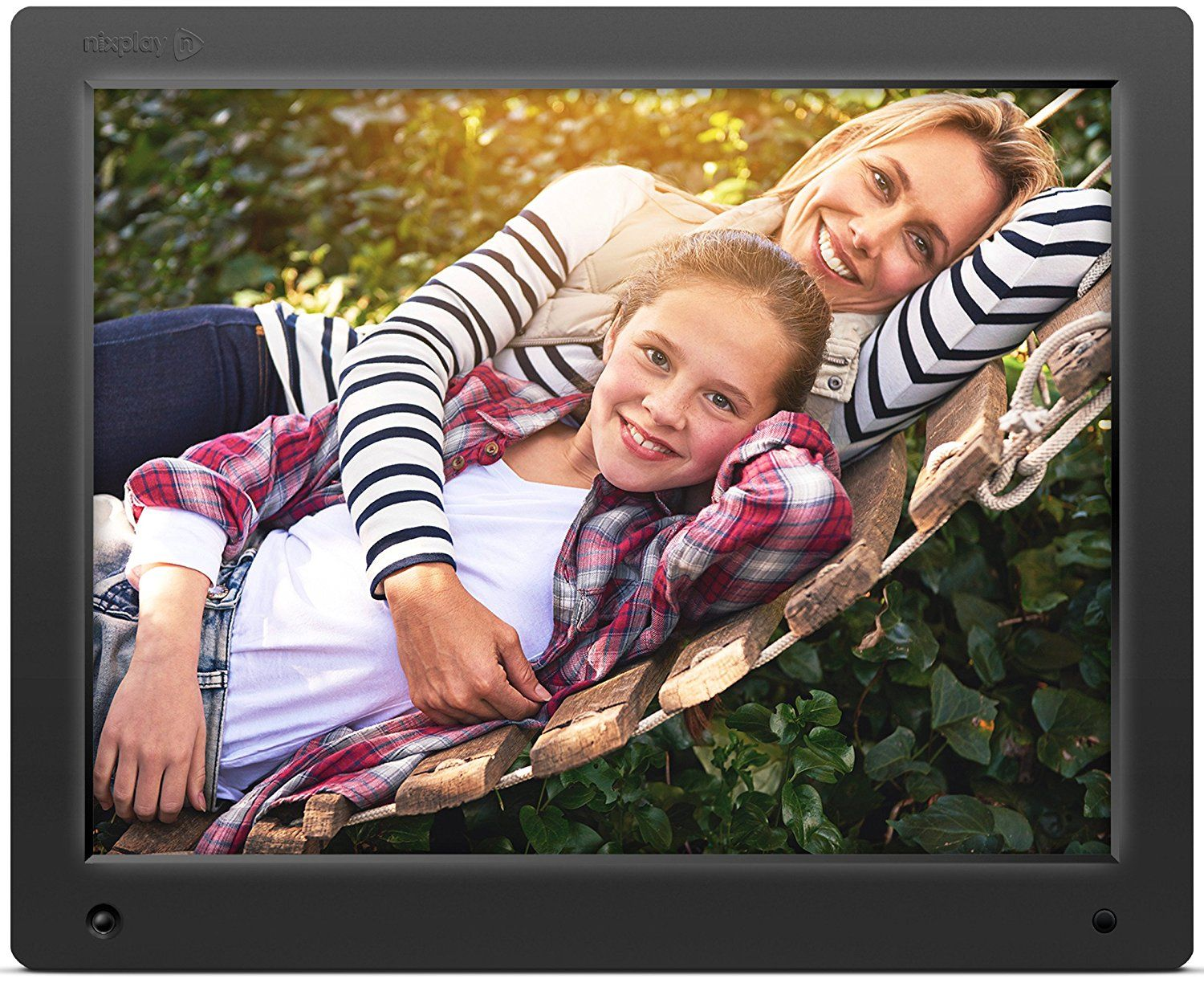 Nixplay Original 15 inch WiFi Cloud Digital Photo Frame | I want it ...