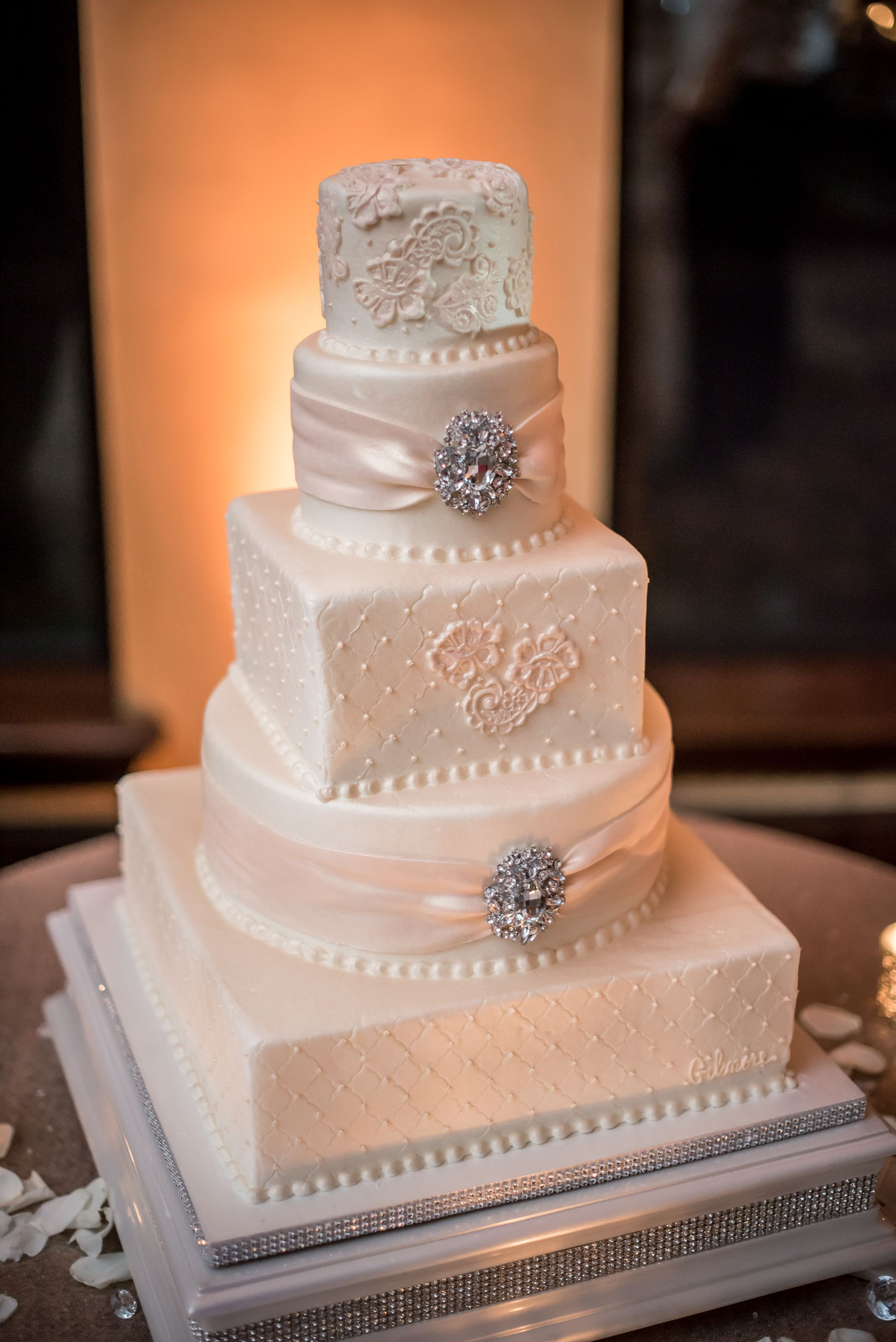 Our beautiful wedding cake! Top Tier Wedding Cakes in Orlando ...