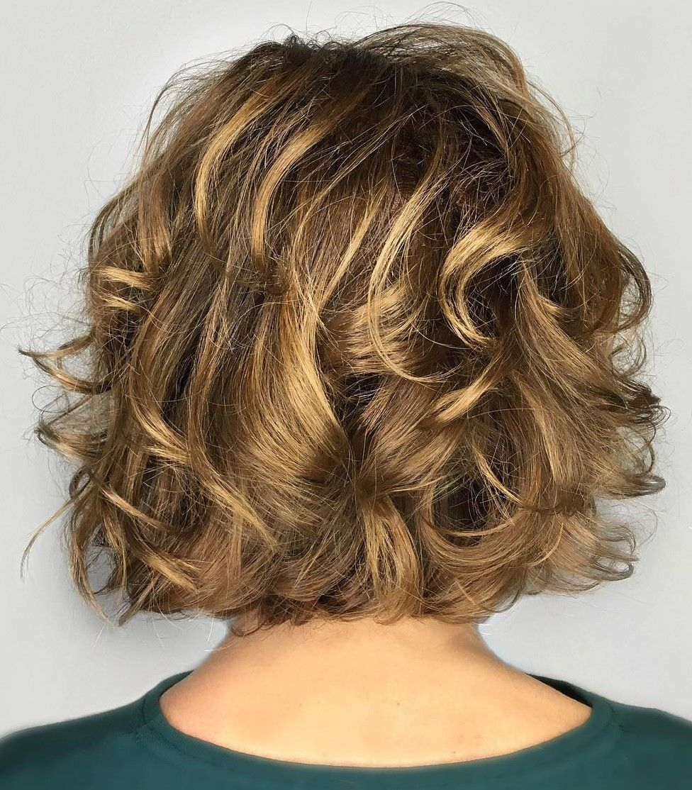 50 Absolutely New Short Wavy Haircuts For 2020 Hair Adviser In 2020 Wavy Haircuts Short Wavy Haircuts Short Wavy Hair
