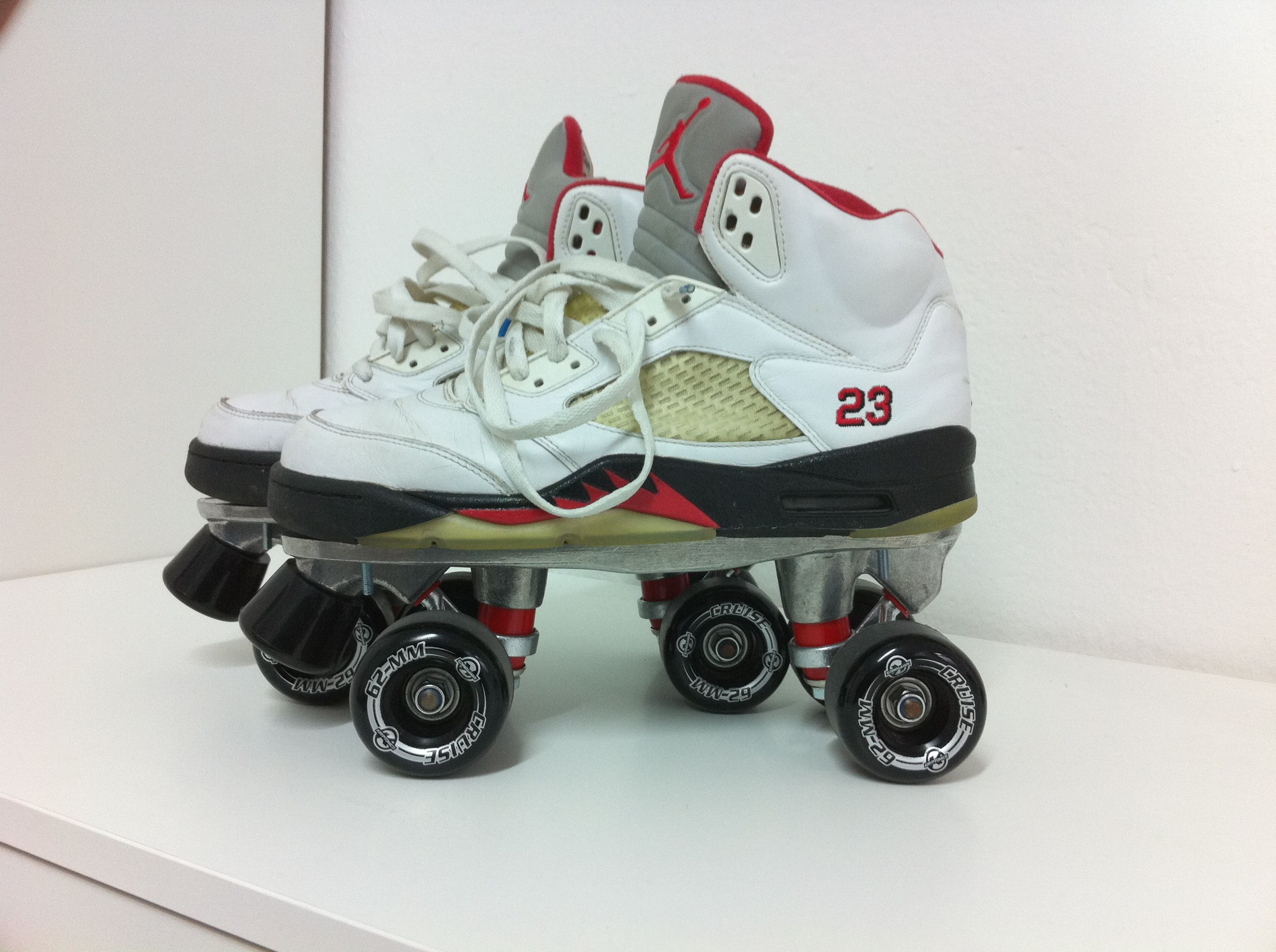 Innovativ Schuhe Air Jordan 5, Platte Formula1 Alu, Rollen Kryptonics Cruise  KP45