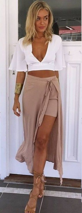 #muraboutique #label #outfitideas   White Crop + Camel Skirt