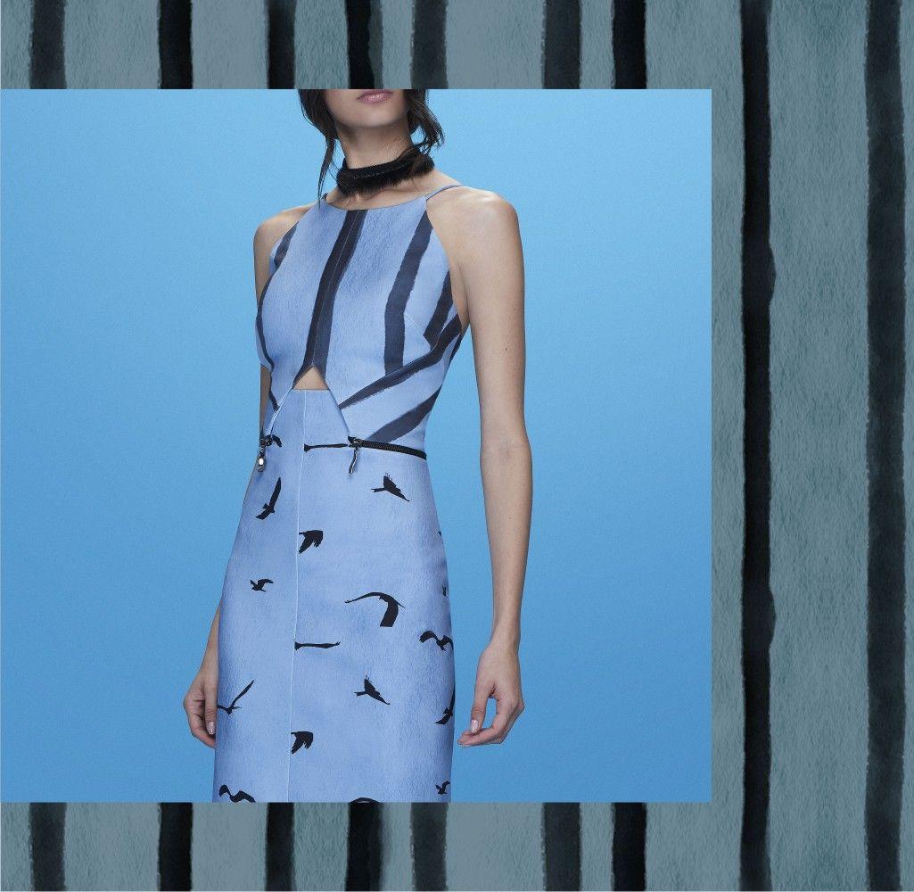 Details: fendas e silhueta ajustada ao corpo para looks sofisticados e sensuais na medida!     #ReginaSalomao #Summer18 #BeGrateful #Prints #Trends #Shapes